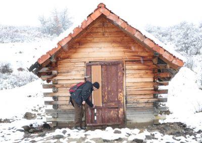 Fantana cu casa Orșova Mures.2